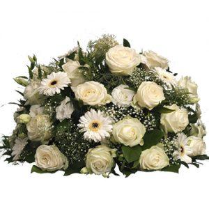 Rouwarrangement witte bloemen